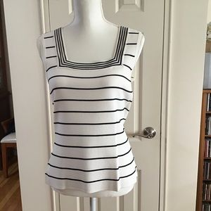 Cable & Gauge White and Black and Sleeveless Top